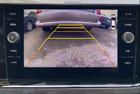 Zobrazení zadní parkovací kamery