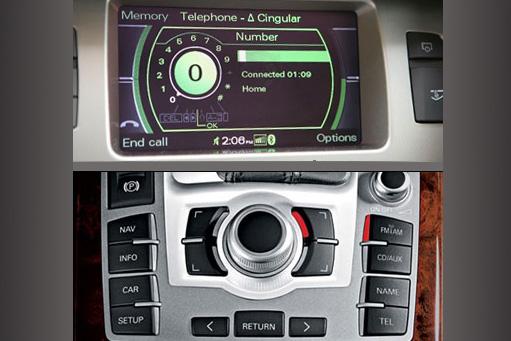 AUX vstup pro navigace Audi