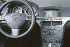 Opel Astra H - interiér