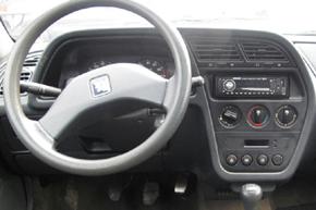 Peugeot 306 - interiér