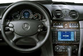 Mercedes CLK [W209] (04-10) - interiér