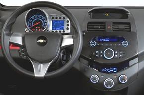 Chevrolet Spark 2010 - interiér