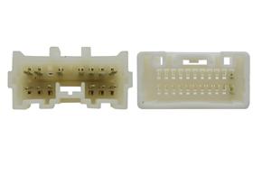 Adaptér pro ovládání na volantu Mitsubishi L200 - detail konektoru