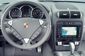 Porsche Cayenne I. - interiér