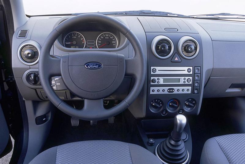 Rámeček autorádia Ford Fiesta / Fusion (02-05)