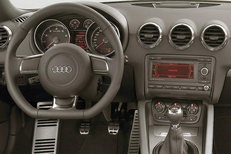 Rámeček autorádia Audi TT