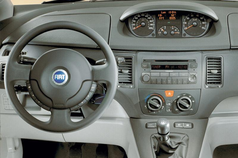 Rámeček 2ISO autorádia Fiat Idea