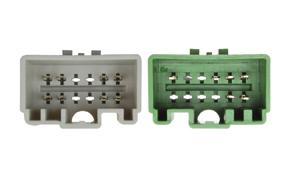 Adaptér pro ovládání na volantu Volvo S60 / V70 / XC70 - detail konektoru