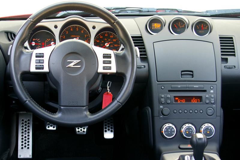 Rámeček autorádia Nissan 350Z (02-05)