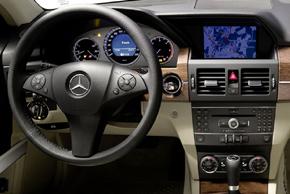 Mercedes GLK 2010 - interiér