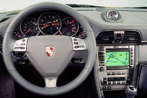 Porsche 911 (2004->) - interiér