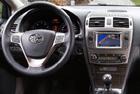 TOYOTA Avensis (2011->) - interiér