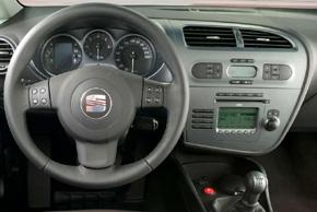 SEAT Leon II. [1P1] (5/2005-2010) - interiér