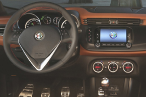 ALFA ROMEO Giulietta (Facelift 2014->) - interiér