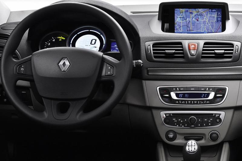 Rámeček autorádia Renault Megane III.