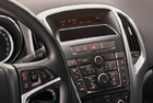 Opel Astra - OEM autorádio CD300