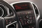 Opel Astra - OEM autorádio CD400