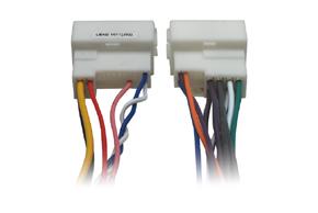 Adaptér pro ovládání na volantu Kia Sorento / Carnival (15->) - detail konektoru