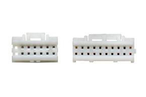 AUX kabely Alpine INE-W920R - detail konektoru