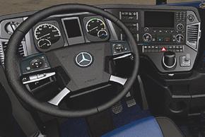 Mercedes Actros 2011 - interiér