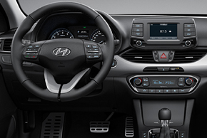 Hyundai i30 III. (17->) - interiér