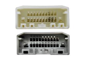 Adaptér pro ovládání na volantu Chrysler / Dodge - detail konektoru