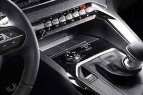 Inbay® Qi nabíječka Renault Peugeot 3008 / 5008 - interiér