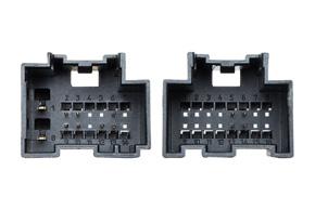 Adaptér pro ovládání na volantu Saab - detail konektoru