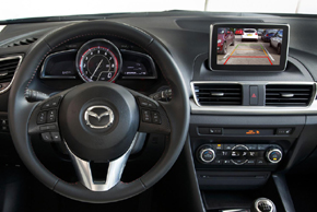 Adaptiv Mini Mazda va automobilu
