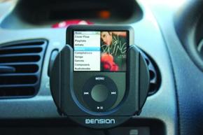 iPod v držáku