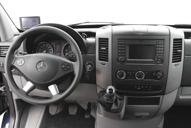 Rámeček autorádia Mercedes Sprinter / VW Crafter