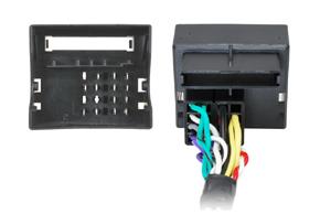 Adaptér pro ovládání na volantu Mercedes - detail konektoru