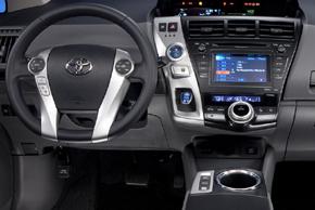 Toyota Prius (12->) - interiér s OEM autorádiem