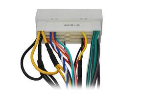 Adaptér pro ovl.na volantu Hyundai Veloster - detail konektoru