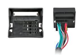 Adaptér pro ovládání na volantu BMW - detail konektoru