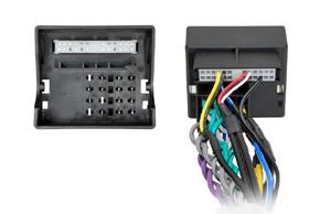 Adaptér pro ovládání na volantu Porsche - detail konektoru