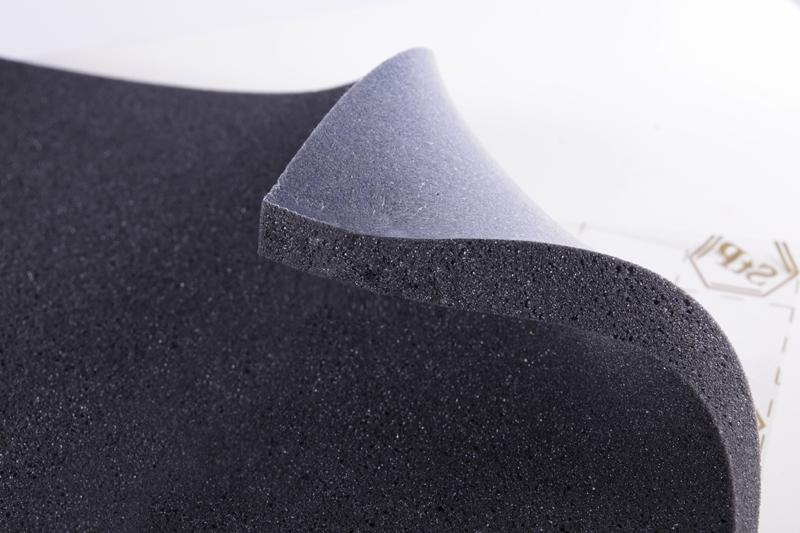 STP BIPLAST 25 zvukově izolační a tlumící materiál